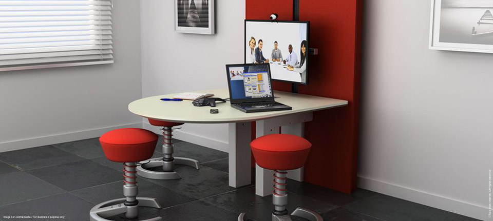 I-Share - Multimedia table adjustable in height for coworking