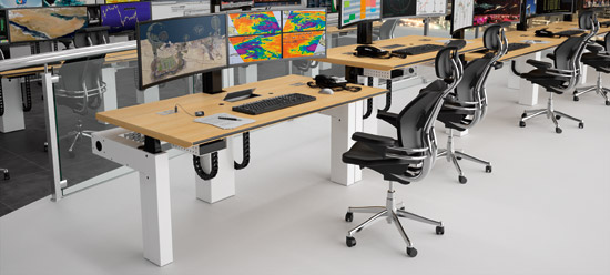 CRAIE DESIGN - I-KUBE - Multiscreen and ergonomic work station