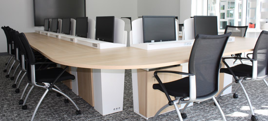 I-RISE - table de réunion polyvalente - formation, visioconférence, crise - CAAV