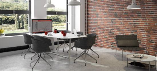 Mobilier de réunion multimédia avec écran escamotable avec écran rétractable - écran sorti